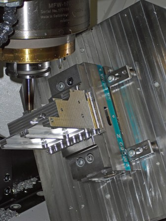 Smithstown cuts material costs with Roemheld 5-Axis vices